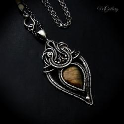 Srebrny wisior z labradorytem,,wire-wrapping - Wisiory - Biżuteria