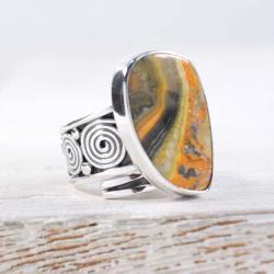 Srebrny,regulowany pierścionek z jaspisem - Pierścionki - Biżuteria