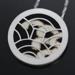 srebrny wisiorek,motywy japońskie - Wisiory - Biżuteria