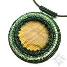 Wisiory medalion,labradoryt,złoty,zielony,misterny,okrągły