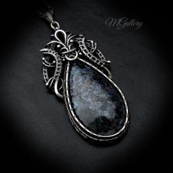 Srebrny wisior z pietersitem,wire-wrapping - Wisiory - Biżuteria