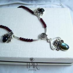 Naszyjnik ze srebra,labradorytów i granatów - Naszyjniki - Biżuteria
