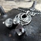 Naszyjniki Wisior - srebro i surowy granat