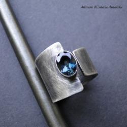 srebro,topaz,asymetryczny - Pierścionki - Biżuteria