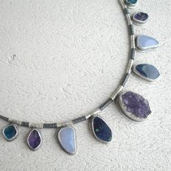 naszyjnik z kamieniami,zimne barwy - Naszyjniki - Biżuteria