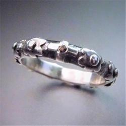 srebrny pierścionek różaniec,różaniec z granatem - Pierścionki - Biżuteria