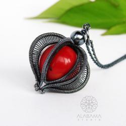 przestrzenny,srebrny wisior z czerwonym koralem - Wisiory - Biżuteria
