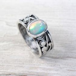 Srebrny pierścionek z opalem - Pierścionki - Biżuteria