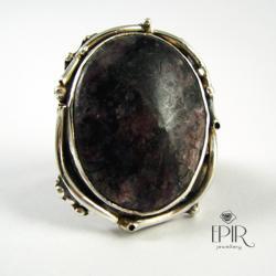 Pierścień srebrny z czaroitem - Pierścionki - Biżuteria