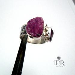 Pierścionek srebrny z rubinem i granatem - Pierścionki - Biżuteria