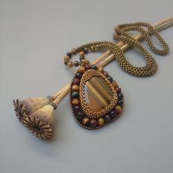 złoty,tygrysie oko,wisior,haft koralikowy,długi - Wisiory - Biżuteria