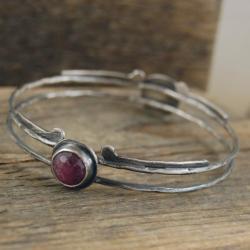 srebrna bransoleta z rubinami - Bransoletki - Biżuteria