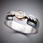 Pierścionki srebrno-złoty pierścionek,z białym szafirem