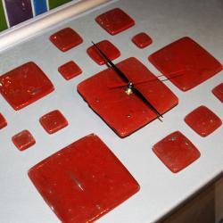 zegar design czerwony szkło - Ceramika i szkło - Wyposażenie wnętrz