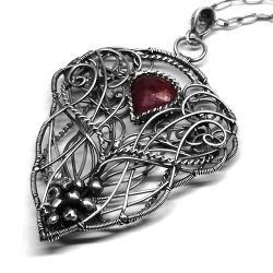 efektowny wisior z łezką rubinu - Wisiory - Biżuteria