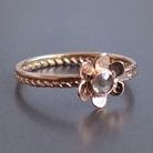 Pierścionki pierścionek z różowego złota z diamentem