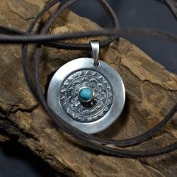 srebrna mandala,mandala z turkusem - Naszyjniki - Biżuteria