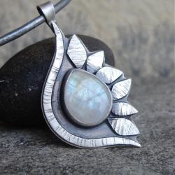 błekit,baśń,kobiecość - Wisiory - Biżuteria
