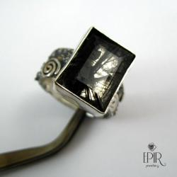 Pierścionek srebrny z kwarcem turmalinowym - Pierścionki - Biżuteria