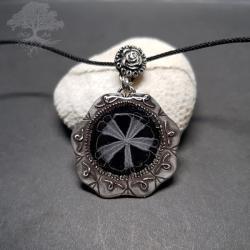 Wisior z koronką koniakowską - Wisiory - Biżuteria