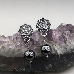 hematyty,kolczyki kwiaty,malutkie kolczyki - Kolczyki - Biżuteria