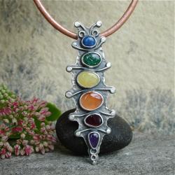 kolorowy wisior,bajkowy - Wisiory - Biżuteria