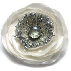 broszka,elegancka,romantyczna,kwiat,satyna - Broszki - Biżuteria
