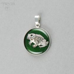 wisiorek,żabka,żaba, - Wisiory - Biżuteria
