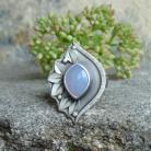 Uial - srebrny pierścionek z chalcedonem