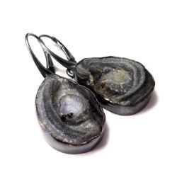 srebrne,chalcedony,blask,szarości,kryształki,styl - Kolczyki - Biżuteria