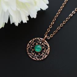 naszyjnik,wisiorek,niewielki,zielony,greenery - Naszyjniki - Biżuteria