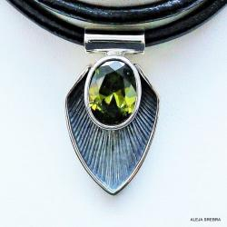 Wisiorki,naszyjniki,srebro,biżuteria,oliwin - Naszyjniki - Biżuteria
