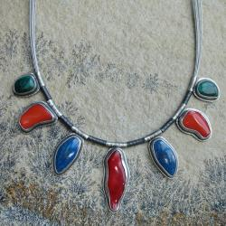 kolorowy,koralowy,energia - Naszyjniki - Biżuteria