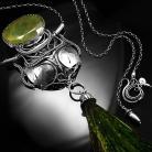 Naszyjniki srebrny,naszyjnik,wire-wrapping,pióra,szmaragd