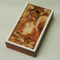 pirografia,wiewiórka - Pudełka - Wyposażenie wnętrz