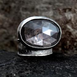 srebrny,pierścionek,z granatem - Pierścionki - Biżuteria