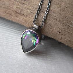 cyrkonia mystic,na łańcuszku,z cyrkonią,łezka - Wisiory - Biżuteria