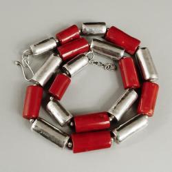 czerwone korale - Naszyjniki - Biżuteria