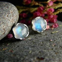 srebro,kamień księżycowy,kolczyki,sztyfty - Kolczyki - Biżuteria