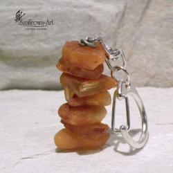 brelok,bursztyn,surowy,prezent - Breloki - Biżuteria