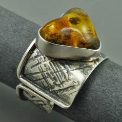 pierścionek z bursztynowym sercem - Pierścionki - Biżuteria