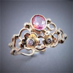 złoty pierścionek z szafirem i brylantami - Pierścionki - Biżuteria