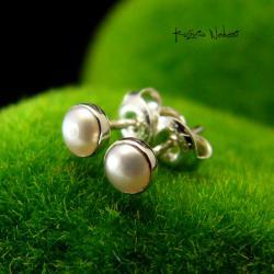Nehesi,kolczyki,wkrętki,sztyfty,srebrny,srebra - Kolczyki - Biżuteria