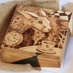królik,pirografia,wypalanie - Pudełka - Wyposażenie wnętrz