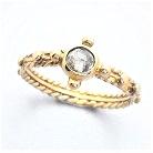 rozanielony... złoty różaniec z białym diamentem