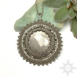 srebrny,klasyczny,elegancki,obsydian,okrągły - Wisiory - Biżuteria