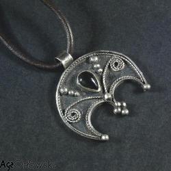 lunula,opal etiopski,filigran - Wisiory - Biżuteria
