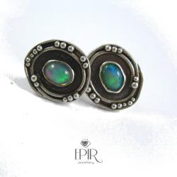 Kolczyki srebrne sztyfty z opalami - Kolczyki - Biżuteria
