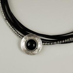 naszyjnik na rzemieniach z obsydianem - Naszyjniki - Biżuteria
