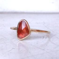 pierścionek,złoto,szafir,czerwony, - Pierścionki - Biżuteria